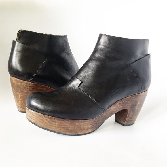 vegan clog boots
