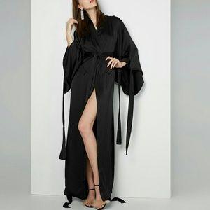 Fame and Partners Jackets & Blazers - Fame & Partners Women's Black Kiko Kimono Coat