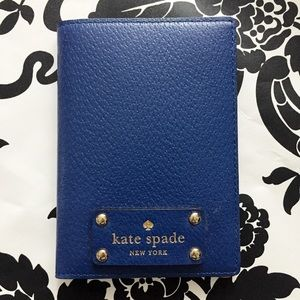 Kate Spade Wellesley Passport Wallet