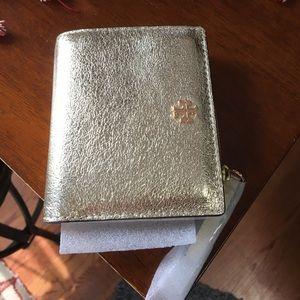 Tory Burch Handbags - Tory Burch Robinson mini waller