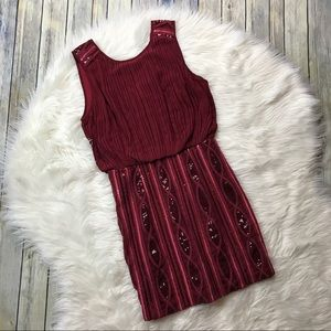 Moon Maroon V-Back Fitted Sequin Mini Dress