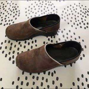 Dansko Shoes - Dansko Oiled Leather Clogs