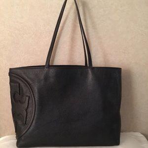 Tory Burch Handbags - Tory Burch All-T East West Tote