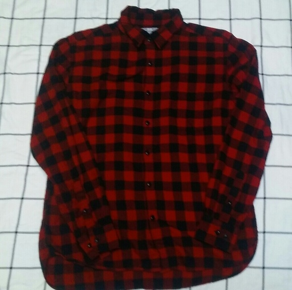 a5d19ff8 Uniqlo Shirts | Mens Plain Flannel Red Button Down Large | Poshmark