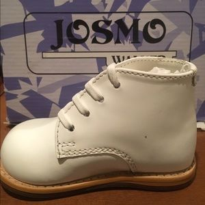 Josmo Other - NWT Josmo Walkers