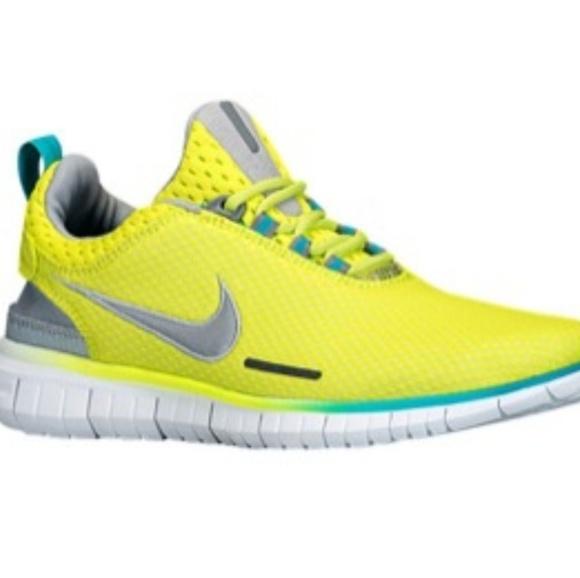 ade0f6916df5 MEN S NIKE Free OG Breeze Running Shoe. M 592441146a5830b8230031ba