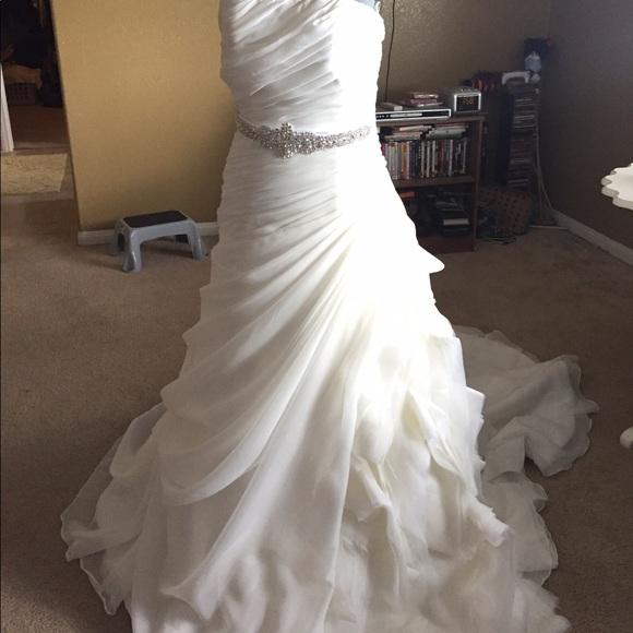 95 off enzoani dresses skirts enzoani fabi wedding for Enzoani fabi wedding dress