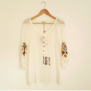 Johnny Was Tops - NWT Johnny Was Floral Embroidered White Rayon Top