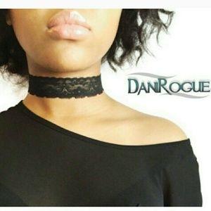 Dani Rogue Jewelry - NEW! CHIC BLACK LACE CHOKER!