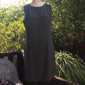 United Colors Of Benetton Dresses & Skirts - United colors of Penelton Sheath dress SZ M olive