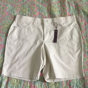 Gloria Vanderbilt Pants - Gloria Vanderbilt 18 Shorts