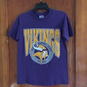 VTG Vikings football  tee