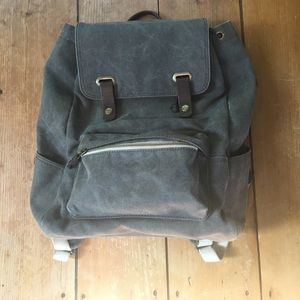 Everlane Handbags - Gray Everlane Canvas Backpack w/ Leather Snaps
