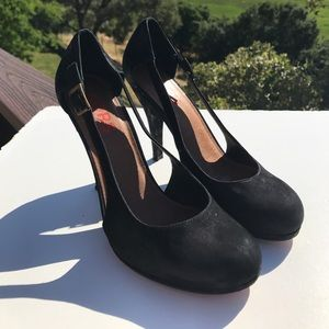 Kors Michael Kors Black Suede Heels Pumps 8.5
