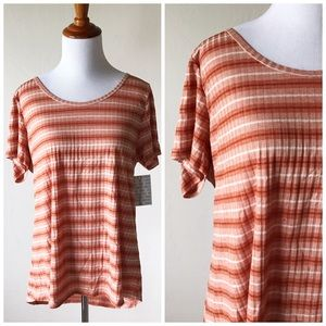 LuLaRoe Tops - NWT Lularoe Orange Stripe Classic Tee