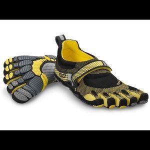 Vibram Shoes - Vibram Size 38