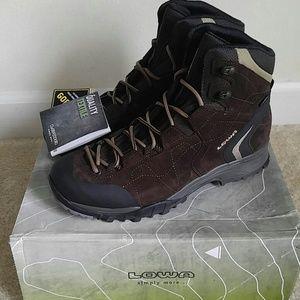 Lowa Other - Lowa Mens Hiking Boots