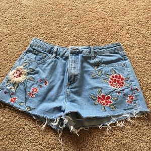 Topshop Pants - topshop moto mom embroidered shorts