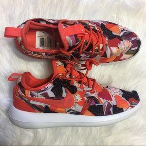 Nike Shoes - 🌺MAKE AN OFFER🌺 Nike Roshe Two