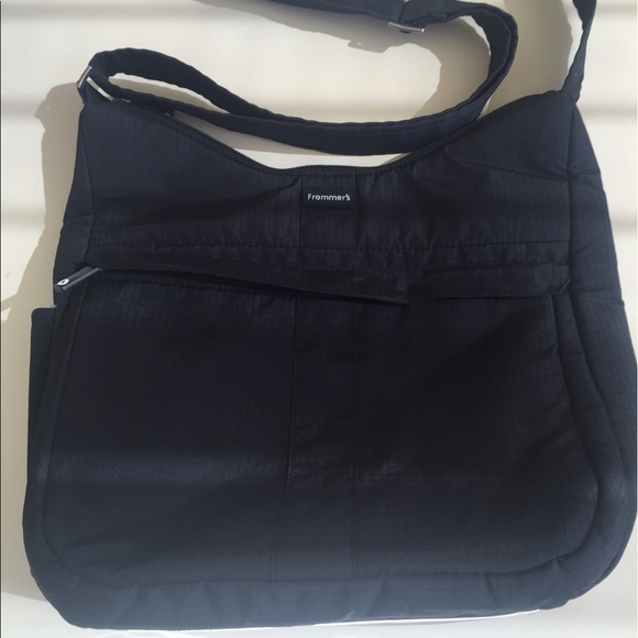 52 Off Lug Frommer S Handbags Lug Frommer S Purse Can Be A Crossbody Also From Jen