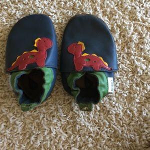 Bobux Other - Bobux soft sole baby shoes, size large
