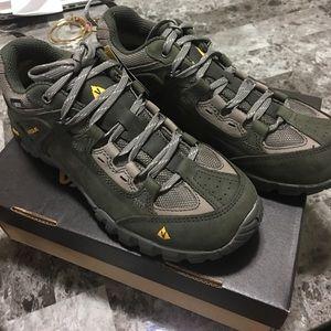 Vasque Shoes - Men shoes