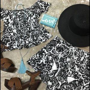 Etiquette Clothiers Other - Two piece Boho set