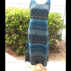 R&K Original Petite Dresses & Skirts - Lovely paisley print shift style dress