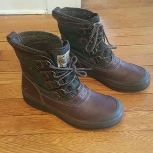 Clarks Other - CLARKS SIZE 7 MENS WATERPROOF SHOES BOOTS