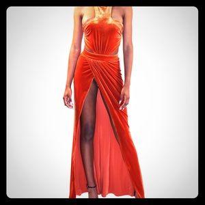 House of CB Dresses & Skirts - XS Burnt Orange Velvet Maxi Goddess Dress