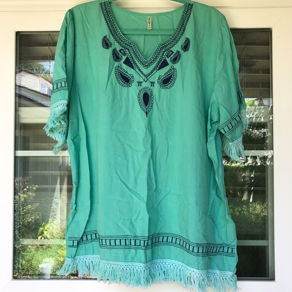 Tops - Mint Green Embroidered Tunic