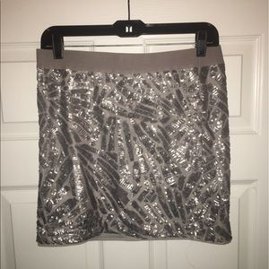 BCBG silver sequin skirt Sz L