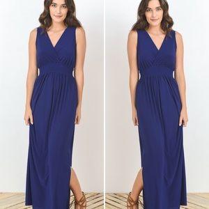 Dresses & Skirts - Arrived! S-L Navy Maxi Dress