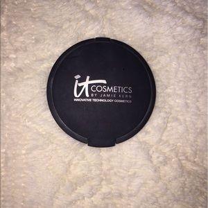 it cosmetics Other - It cosmetics hello light illuminating powder