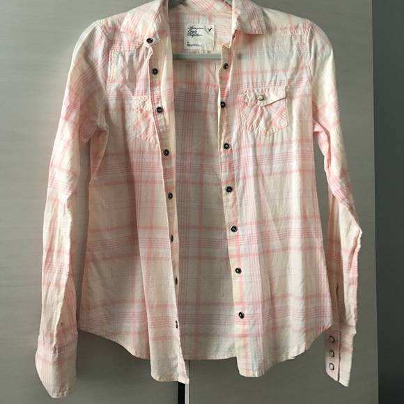 American Eagle Outfitters Light Pink American Eagle