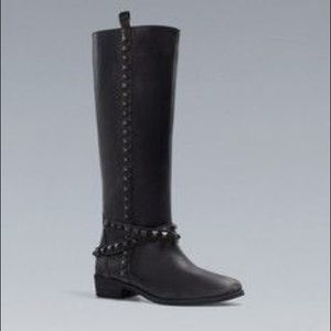 Limited edition Zara black leather studded boots!