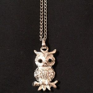 Silver Owl Necklace!
