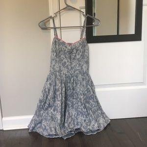 super cute mini dress!