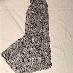Lightweight Flare Pants