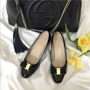 Salvatore Ferragamo Vara Pumps. Price firm.