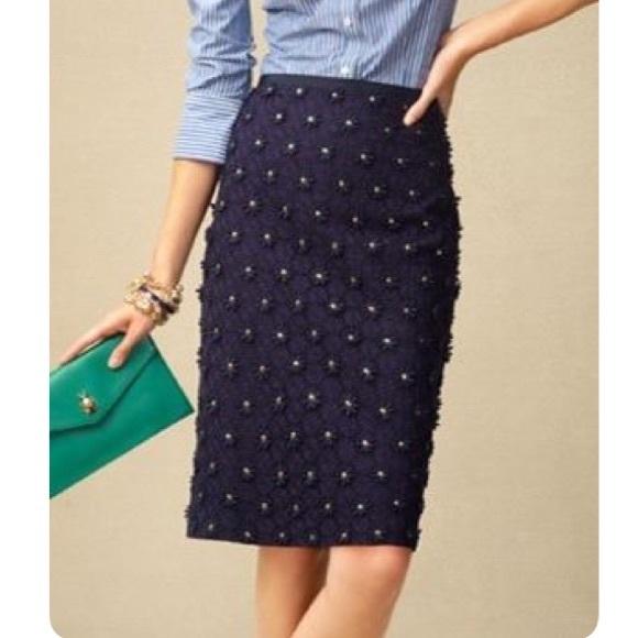 c47583de5 Talbots Navy Daisy Eyelet Pencil Skirt Size 6. M_5924b35b6d64bcba3b018788