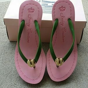 Juicy Couture Thong Sandals