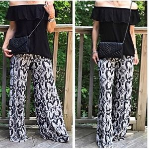 Classic Woman Pants - Just in! Black & White Wide Leg Pants