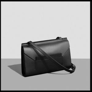 Everlane Handbags - Everlane E1 Crossbody bag