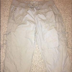 Pants - Woman's xxl 2xl ck Calvin Klein Capri pants khaki