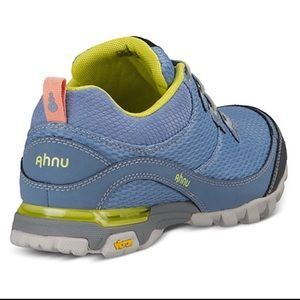 Ahnu Shoes - NEW AHNU SUGARPINE. Polar sky. Without box