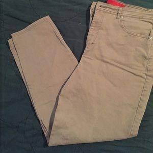 Gloria Vanderbilt Denim - Tan Skinny Leg Jeans