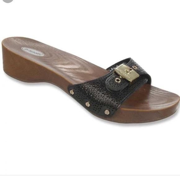 a8616929f42b29 Dr. Scholl s classic sandals!