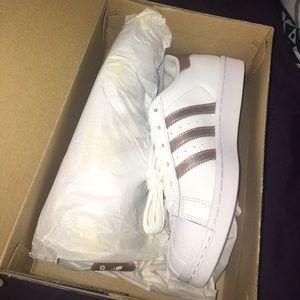 adidas Shoes - Adidas Superstar - Rose Gold