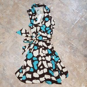Diane von Furstenberg Dresses & Skirts - NWT 100% Silk DVF Wrap Dress